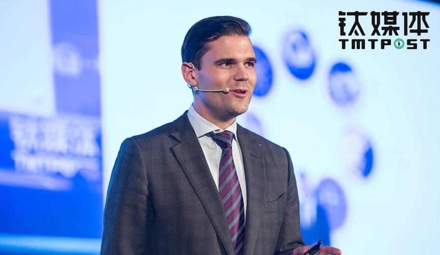 Alex Tapscott  • Co-author, Blockchain Revolution; Founder& CEO, Northwest Passage Ventures